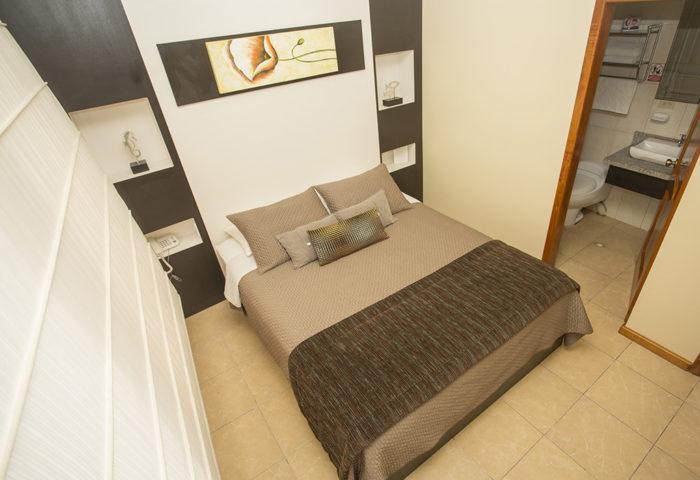 hotel-la-laguna-galapagos-habitacion-5-700x480
