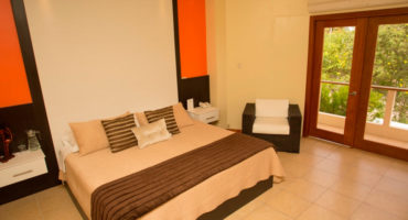 la-laguna-galapagos-hotel-habitacion