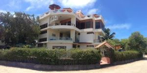 Galapagos Hotels - La Laguna Galapagos Hotel